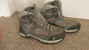 Womens Vasque Hiking Boots
