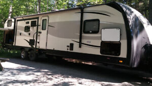 38' travel Trailer - 3 tip outs for rent