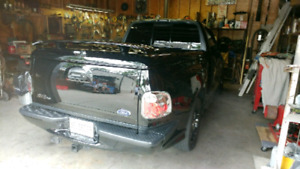 Ford F150 tonneau cover off SVT lightning