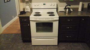 Whirpool Electric Self Cleaning Oven for sale