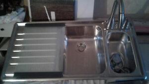 Évier Blanco double avec égouttoir et robinet stainless Pfiser