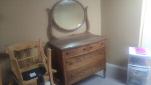 Meuble commode antique