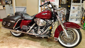 Slipon Mufflers / Complete exhaust 2006 Harley Road King Touring