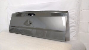 NEW 2007-2013 GMC SIERRA TAILGATE COMPLETE ASSEMBLYS London Ontario image 3