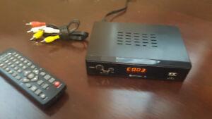 Digital Converter Box, TV, Antennas, video.