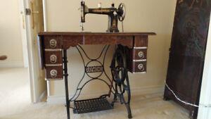 Antique RAYMOND Sewing Machine-Mint Condition-grandparent.