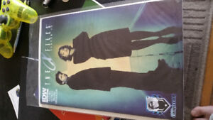 idw #4 the x files ( to give )