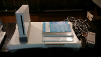 Original white Nintendo Wii + Wii Fit, games and accessories