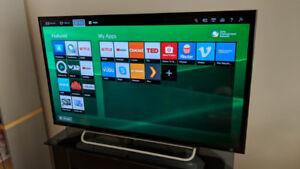 Sony KDL-40W600B BRAVIA W600B Series - 40 inch LED TV