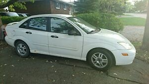 2001 Ford Focus SE, automatic 4 door sedan
