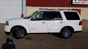 2006 Lincoln Navigator Ultimate SUV PRICE REDUCTION!!