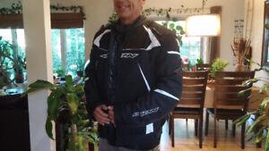 Manteau moto homme IXON 3 saisons neuf XXL Valeur 430 pour 200!!