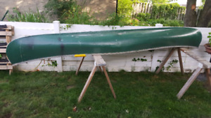 Canoe sold ppu