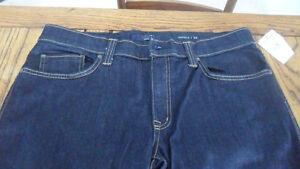 Mens jeans retail $195 + tx