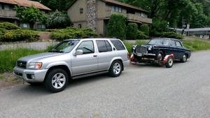 2002 Nissan Pathfinder LE fully loaded