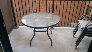 Patio Furniture - Glass Top Table & 4 Chairs