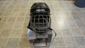 *Brand New* XS Bauer 1500 Hockey Helmet with Cage