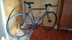 """Jamis Beatnick """"Fixie"""" Bicycle West Island Greater Montréal image 2"""