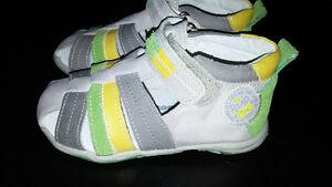 Chaussures - Sandales enfant Québec City Québec image 4