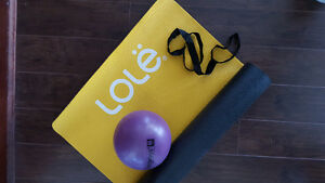 Lole yoga mat with strap and ball