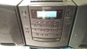 CD RADIO CASSETTE-CORDER