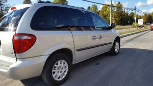2003 Dodge Caravan Minivan, Van