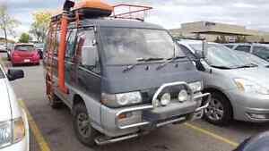 93 Mitsubishi delica L300 super Crystal lite