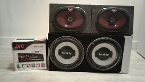 "2 10"" Infinity Subs, 800 wat amp, 2 Sony Speakers, JVS BT Deck"