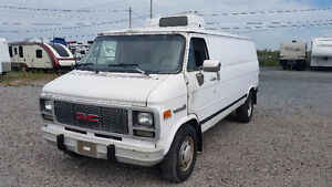 GMC Vandura 3500 Diesel 1995 Version Allongée