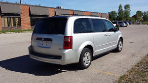 2008 Dodge Grand Caravan STOW N GO, NO ACCIDENTS, SAFETY, E-TEST London Ontario image 4