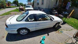 1997 Pontiac Grand Am Coupe (2 door)