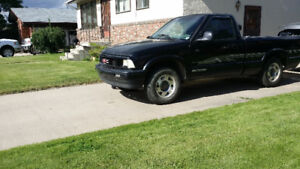 1995 GMC Sonoma 4cyl,fuel inj, 5spd Pickup Truck