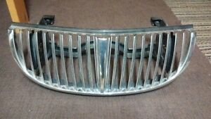 Grill for Lincoln Towncar