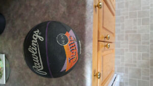 FOR SALE-- 7 in RAWLINGS MINI BASKETBALL