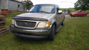 1999 Ford F-150 lariat Camionnette