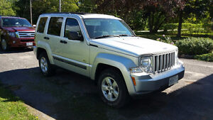 2010 Jeep Liberty Sport SUV, Crossover Peterborough Peterborough Area image 4