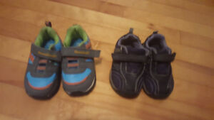 Boys shoes size 5