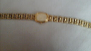SEIKO QUARTZ LADIES GOLD PLATED WATCH