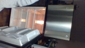 Like New GE stainless steel 24 cu ft Refigerator.