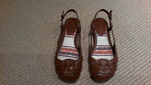 BRAND NEW Women's Brown Sling Open Flats, SIZE 7