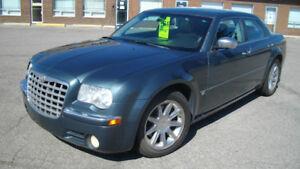 2005 Chrysler 300 C Sedan V8 Hemi Safety/warranty