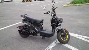 Scooter électrique/electric scooter  Emmo 'Monster'