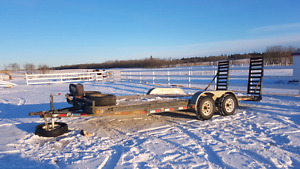 2014 20' PJ Trailer car hauler w/ 12,000 lb Winch