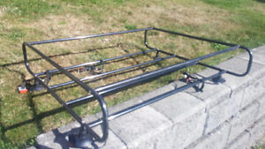 ROOF BASKET WITH 4 SIDES AND SUCTION CAPS AND SIDE STRAPS