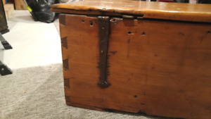 Vintage carpenters box