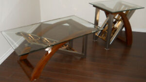 * GORGEOUS CLASSY COFFEE TABLE & END TABLE SET *