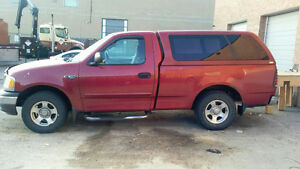 2002 Ford F-150 XL Pickup Truck FOR PARTS ONLY PARTING OUT