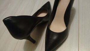 Nine West Black Pumps Size 5.5