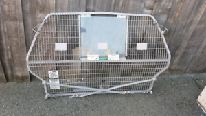 Cargo Barrier- suit Mitsubishi Magna