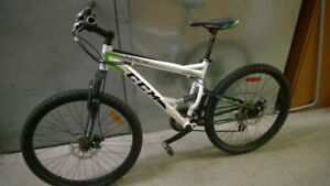 CCM APEX FULL SUSPENSION MOUNTAIN BIKE